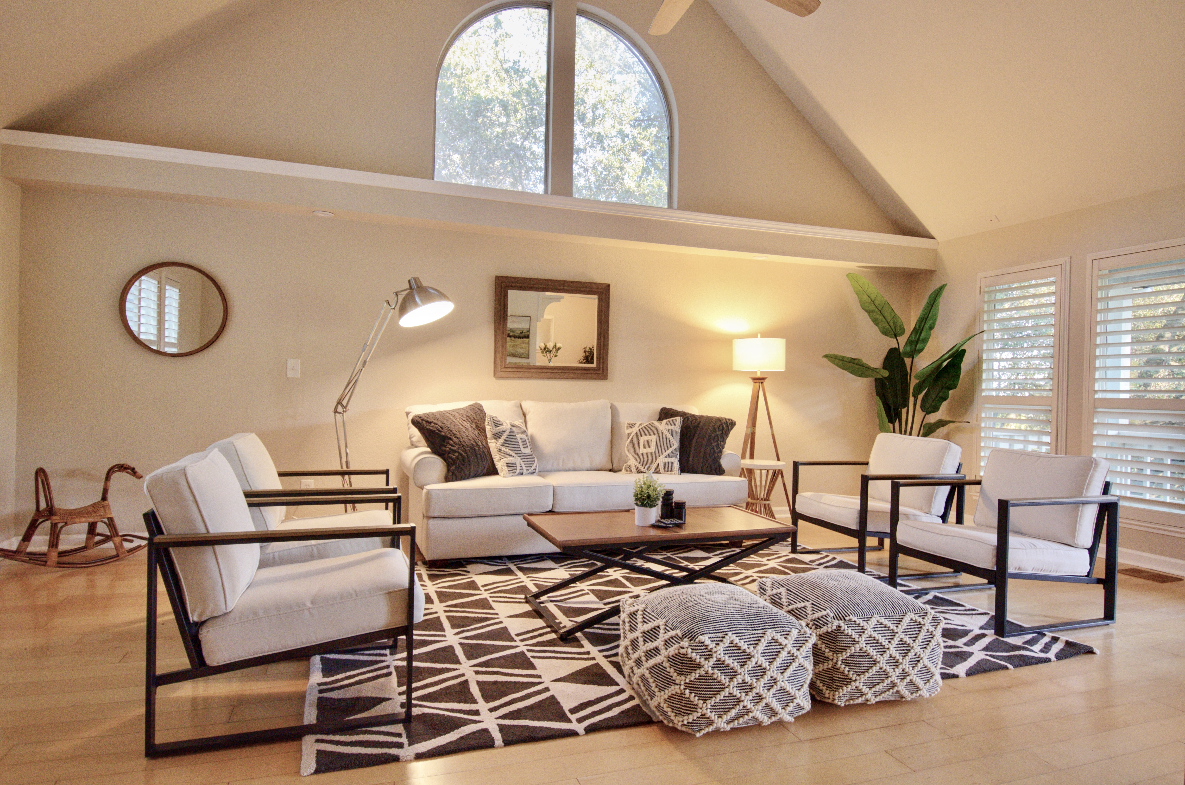 Black & White  Modern Home Staging