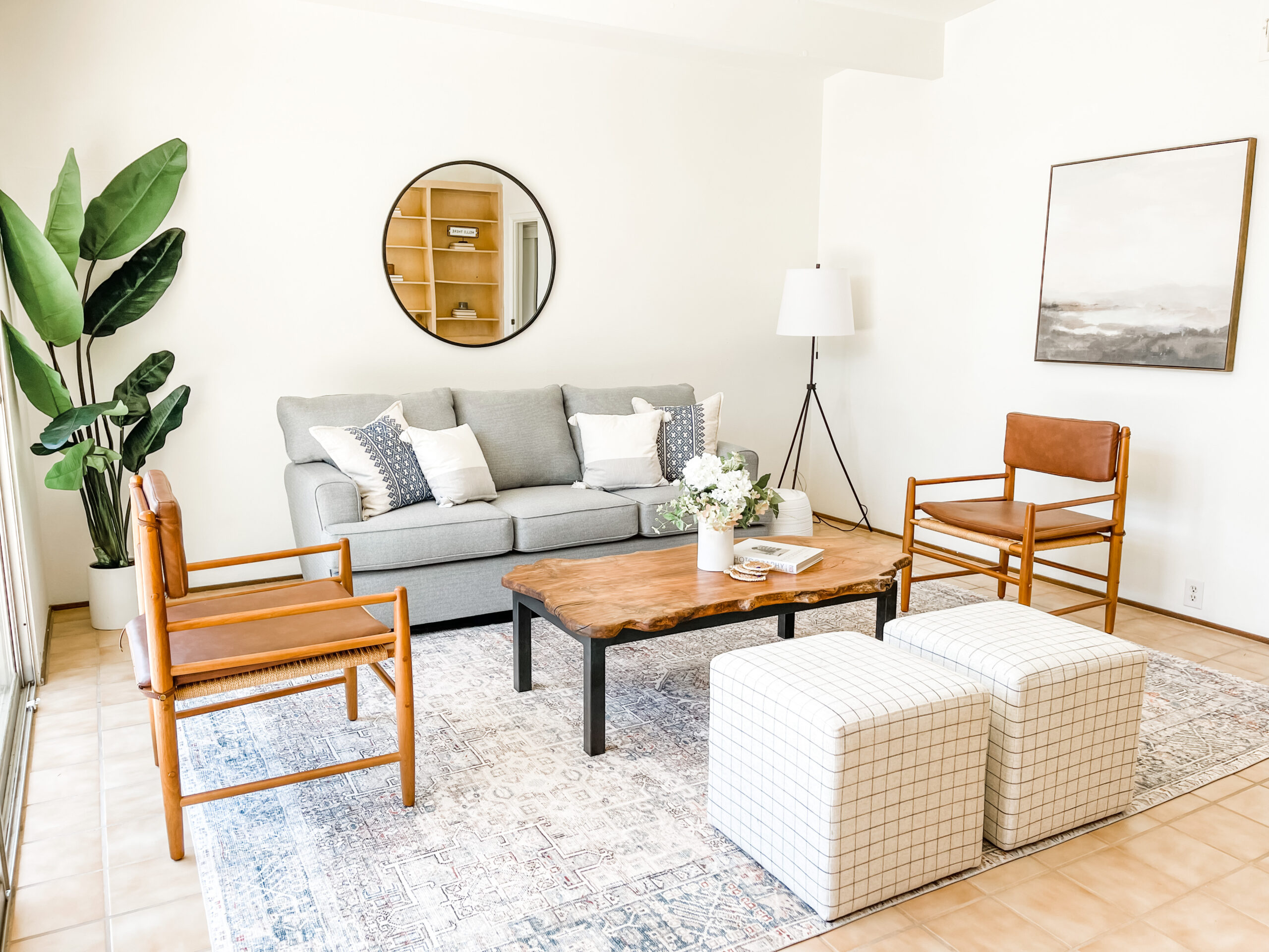 Modern home staging throughout the Sacramento & Placer County.